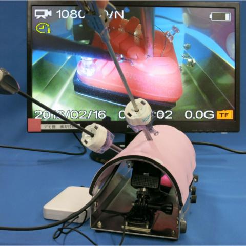 小児用トレーニングボックス(カメラ付)
